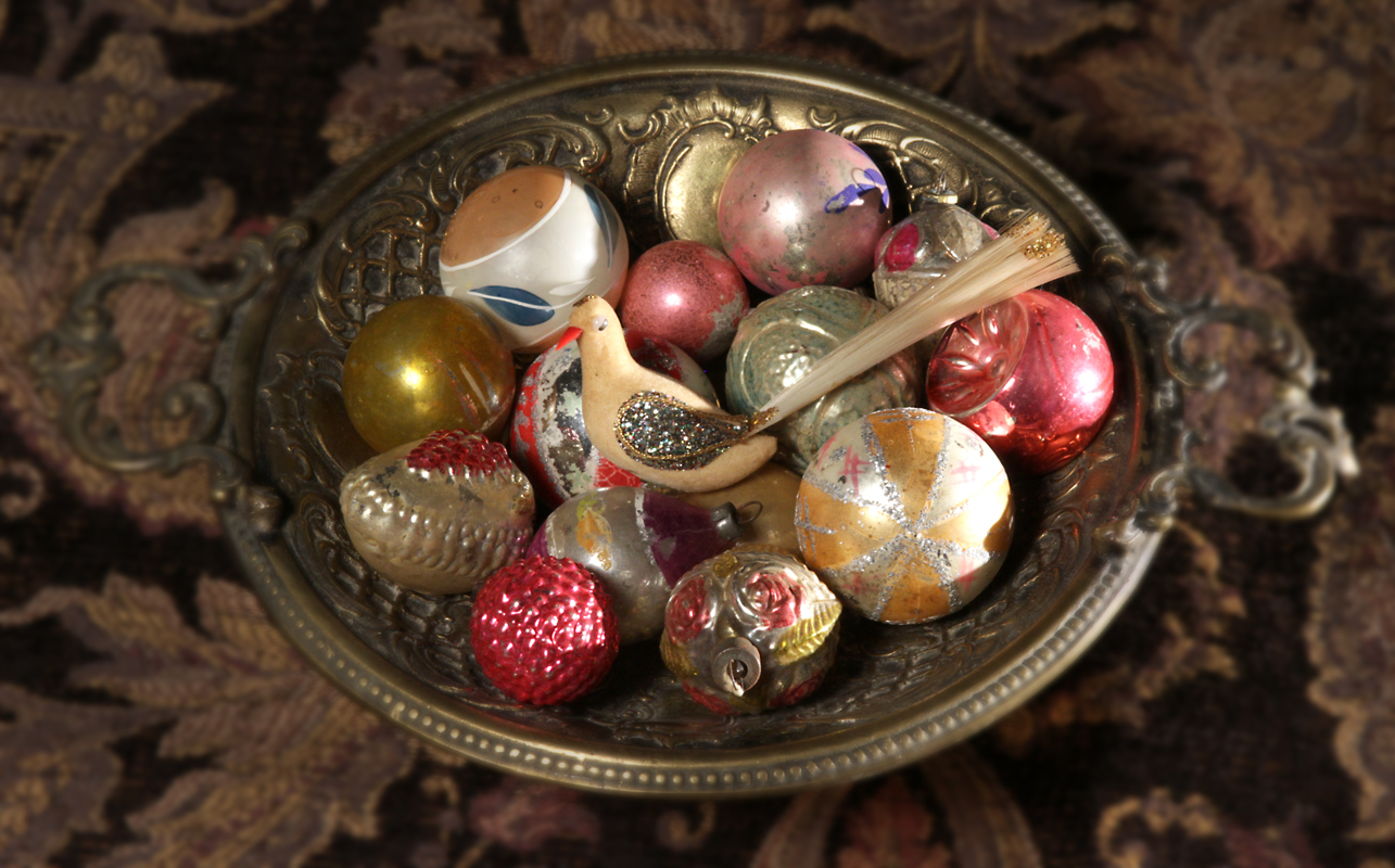Antique Holiday Decor